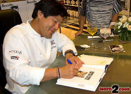Ming Signing